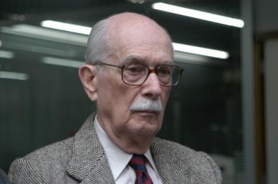 Antonio Candido morre aos 98 anos