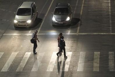Los ancianos no logran cruzar las calles a tiempo en los semáforos de São Paulo