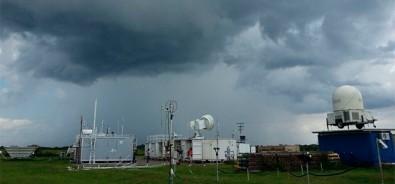 Ultrafine aerosol particles intensify rainfall in Amazon region