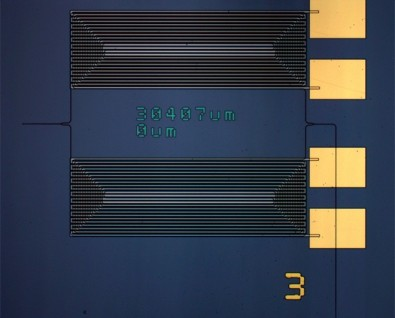 Infrared spectrometer on a chip