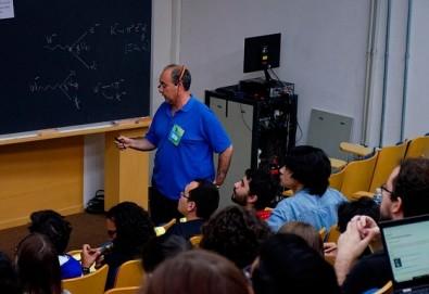 La detección de neutrinos y la materia como destacados en un evento internacional