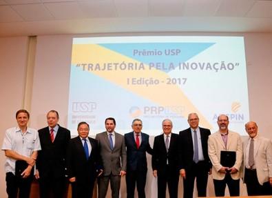 USP premia professores com Prêmio Trajetória pela Inovação