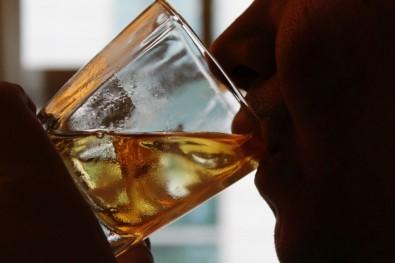 Un estudio pone de relieve la estrecha relación entre el alcohol, las drogas y la violencia
