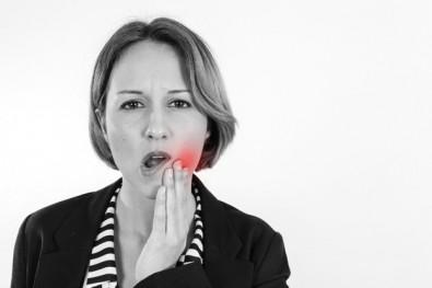 Problemas de saúde bucal impactam metade dos adultos paulistas