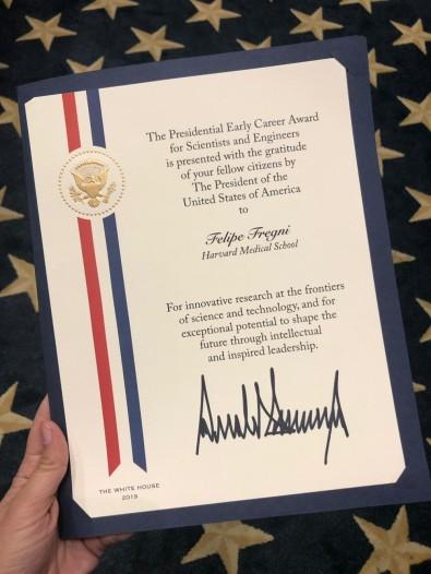 El líder de un proyecto SPEC-FAPESP gana el prestigioso Presidential Early Career Award en EE.UU.