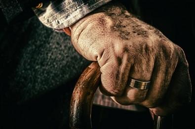 Diabetes sem controle afeta força muscular em pessoas acima de 50 anos