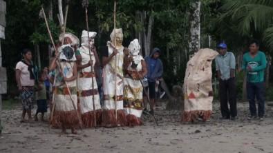 Ritual de iniciação feminina evidencia a vitalidade da cultura indígena