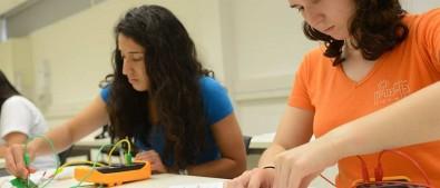 Inscrições abertas para iniciativa que oferece bolsa de pós-doutorado para brasileiros