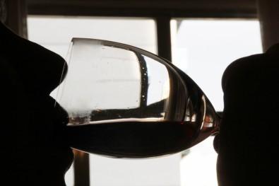 Especialistas recomendam restringir venda de álcool durante pandemia