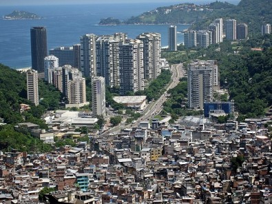 Urban transmission of COVID-19 reproduces territorial inequities