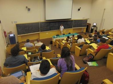 ICTP-SAIFR organiza curso de verão para professores do ensino médio