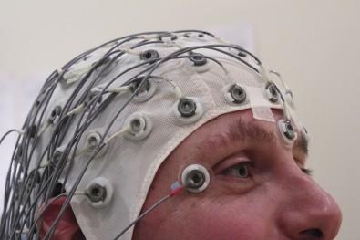 Algoritmo computacional associado a eletroencefalografia se mostra eficaz no diagnóstico de Alzheimer