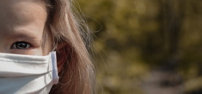 Análise da saliva é eficaz para detectar a COVID-19 em crianças sintomáticas