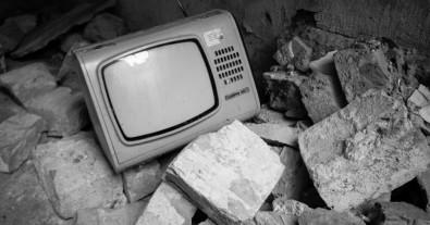 Vidro de TVs e computadores antigos é usado na produção de esmalte para revestimento cerâmico
