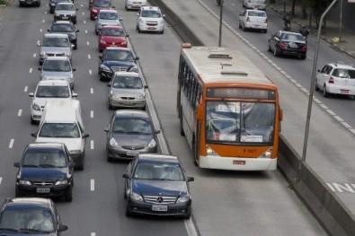 Somente 5,4% dos corredores de ônibus previstos para 2016 foram implantados em São Paulo até hoje