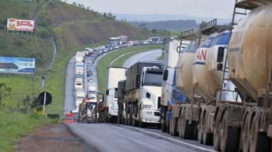 Trocar combustível de caminhões é insuficiente para evitar mortes por poluição, sugere estudo
