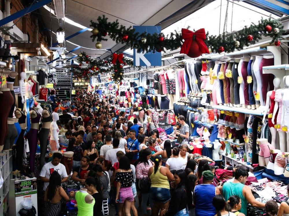 Comércio popular no Brás passa por processo de 'empresarização', mas segue marcado pela instabilidade