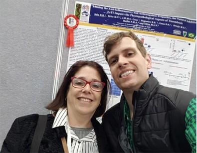 Bolsista recebe prêmio internacional por estudo sobre trombose