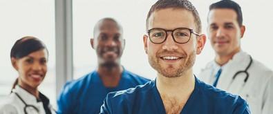Hospital das Clínicas abre seleção para programa de bolsas em cursos de especialização