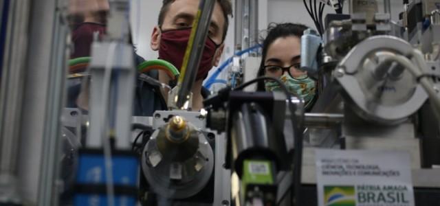 Primeiro experimento realizado no Sirius busca desenvolver fármaco para COVID-19